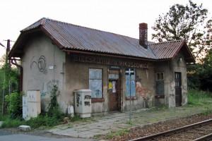 Bielsko-Biała: PKP wyburzy cztery dworce kolejowe