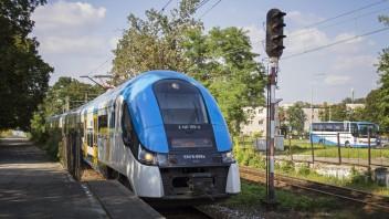 Bielsko-Biała: Przejazd kibiców pociągami KŚ w dniu 12.11.2016